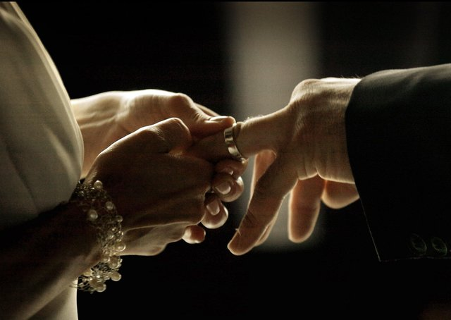 Could couples say 'I do' online?