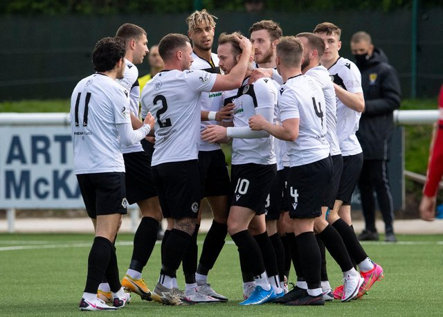 Danny Handling (centre) celebrates with his team mates after scoring for Edinburgh City in the play-off win over Elgin. (Photo by Ross Parker / SNS Group)
