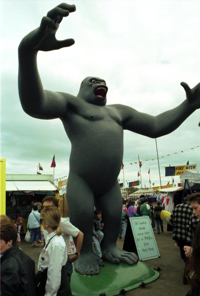 The giant King Kong figure towers over bargain hunters at Ingliston Sunday Market near Edinburgh, July 1991.