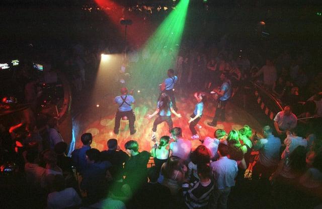 Revolution dance floor