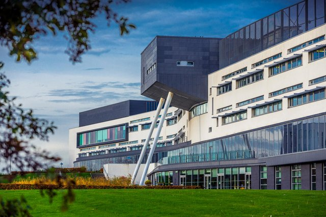 Queen Margaret University (QMU) will offer three credit-bearing short courses to help those seeking to upskill and develop professionally whose work or career plans have been affected by Covid-19.