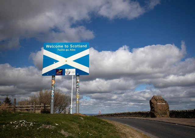 Can people travel between England and Scotland?