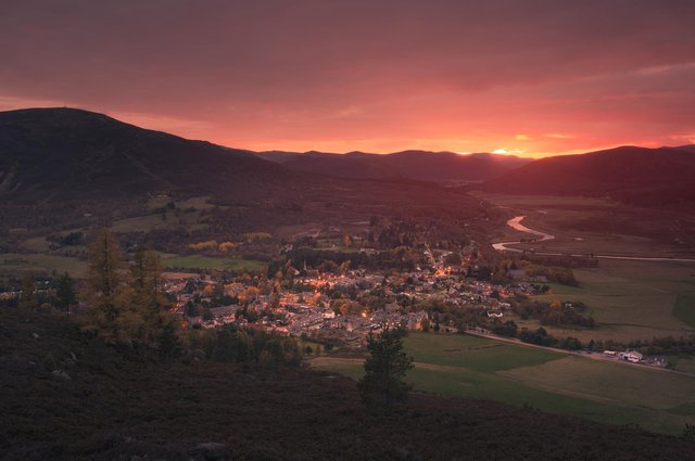 Braemar  in Royal Deeside. Picture: Damian Shields/VisitScotland