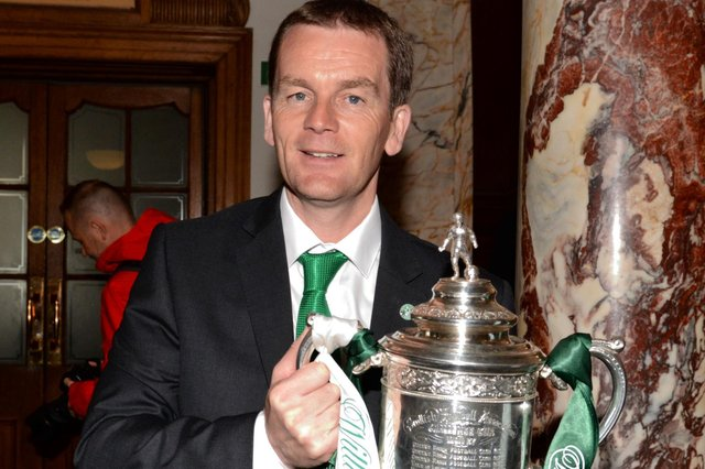 John Doolan with the Scottish Cup ahead of the parade