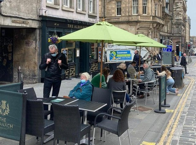 Outdoor tables are popping up at bars and cafes across Scotland (Picture: Matt Donlan)