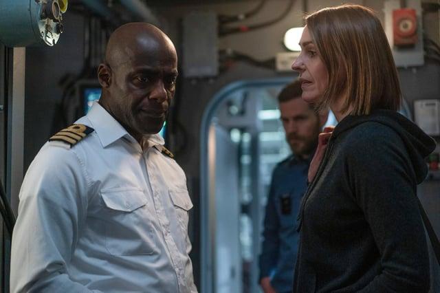 Det Amy Silva (Suranne Jones) reveals the identity of Vigil's Russian spy to Newsome (Paterson Joseph)