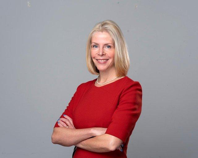 Linda Bauld, of Edinburgh University.