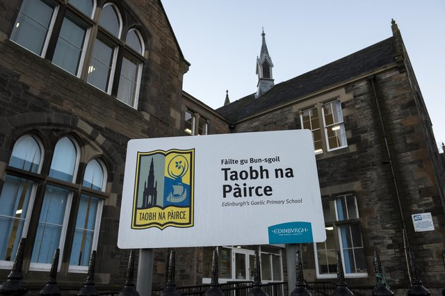 Edinburgh's sole dedicated Gaelic primary school, Bun-sgoil Taobh na Pàirce, opened in 2013