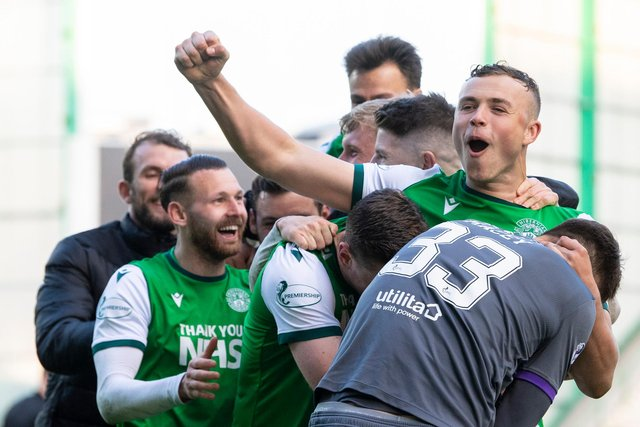 Hibs defender Ryan Porteous celebrates after he scored the winning penalty in the Scottish Cup quarter-final triumph over Motherwell. Photo by Ross Parker / SNS Group