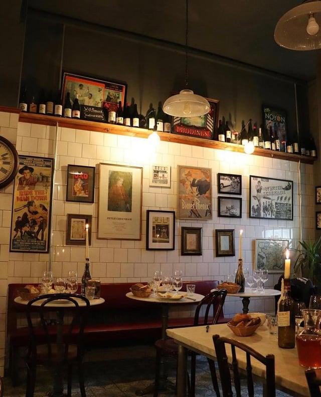 The Cheese Lounge in Morningside, Edinburgh (Photo: I J Mellis).