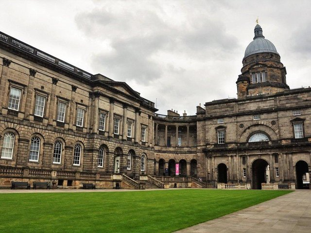 A team of scientists at Edinburgh University is developing a system that could prevent future lockdowns.