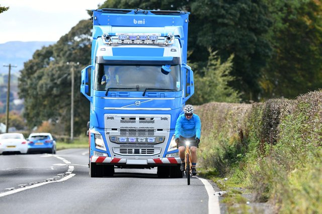 Lorries and other large vehicles have blind spots when turning left,which makes it hard for them to see people cycling.