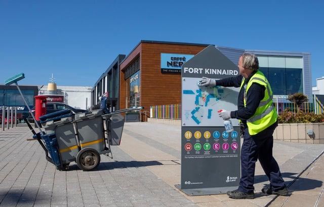 Willie Urban cleans at Fort Kinnaird, Edinburgh. (Photo by SWNS)