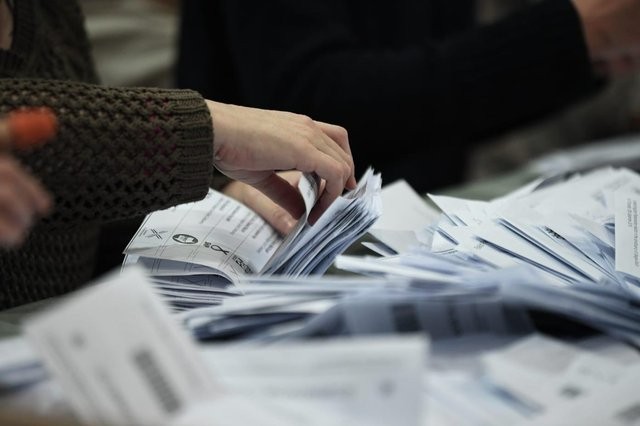 Counting will take place with two-metre physical distancing
