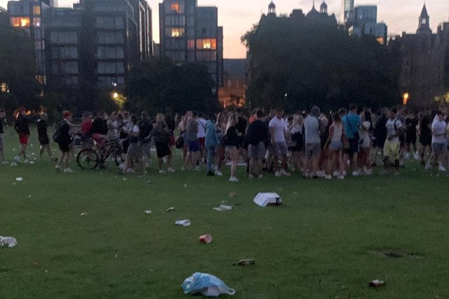 The fight broke out as the capital's beauty spot drew crowds of people enjoying the sun