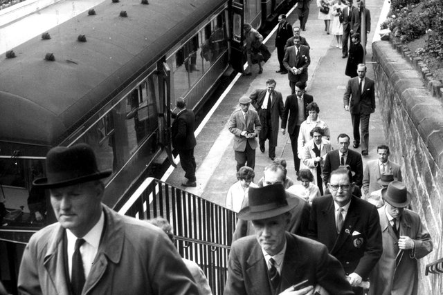 Commuters disembarking at Morningside Station on the South Sub line in 1961