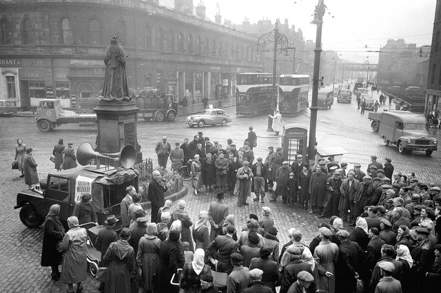Independent Liberal candidate Sir Andrew Murray is pictured giving a speech at the Queen Victoria statue at the bottom of Leith Walk during the 1955 General election campaign.