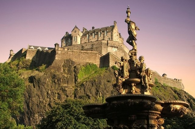 Edinburgh Castle is one of Edinburgh and the Lothians' most famous landmarks. Take a selfie in front of your favourite and you could win a prize.