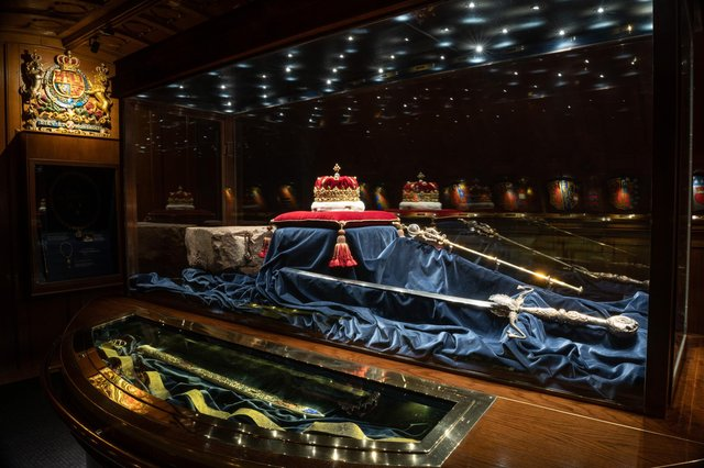 Edinburgh Castle Crown Room is set to reopen to display historical royal objects to the public