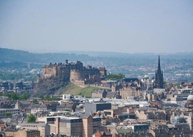 Temperatures could reach between 25c and 26c in Edinburgh on Sunday.
