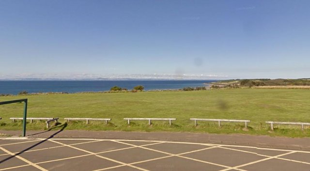 Gullane Beach: Emergency service search as abandoned clothes cause concern