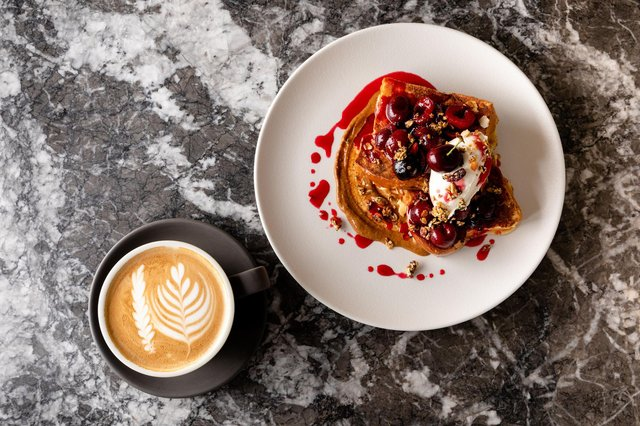 These brunch spots in Edinburgh are staying open (Photo: Honeycomb and Co)