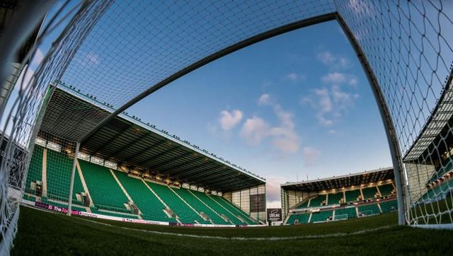 Fans hope to be back at Easter Road when it is safe to return. (Photo by Ross Parker / SNS Group)
