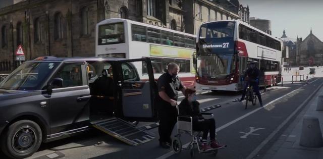 Wheelchair user has to cross cycle lane