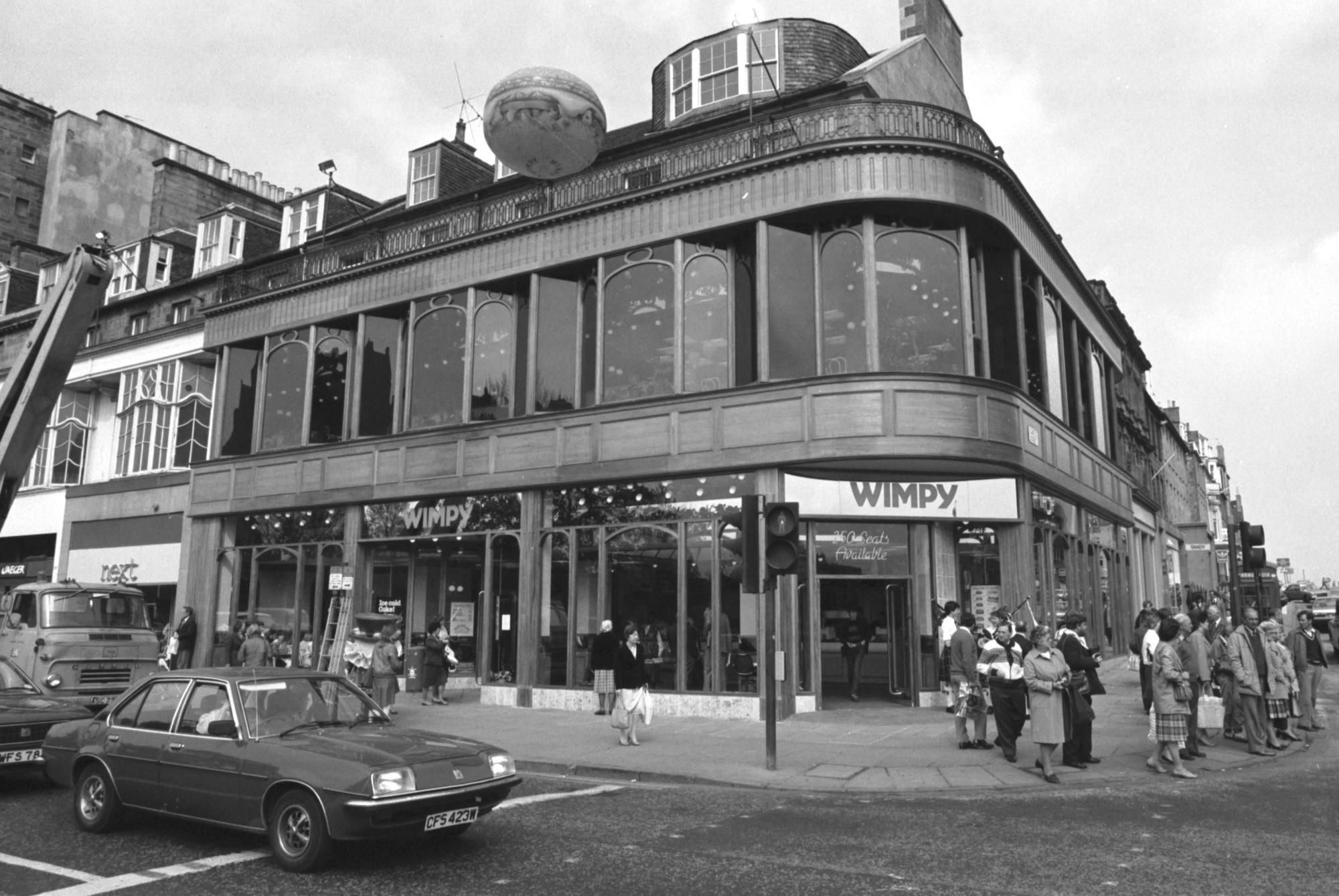 17 photos taking you back to Edinburgh in 1984