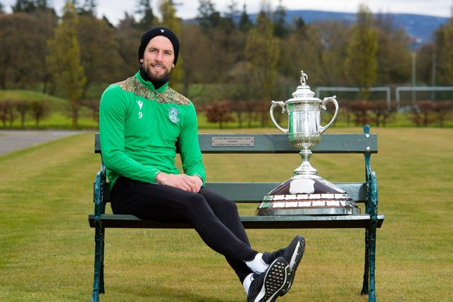 Hibs' Christian Doidge hopes to help the Easter Road side defeat Dundee United and move a step closer tp lifting the Scottish Cup. Photo by Mark Scates / SNS Group