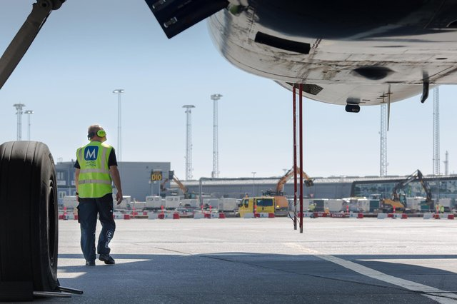 The overall Menzies Aviation business operates at 200 airports in 35 countries, supported by a global team of 23,000 people.