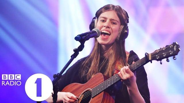 Edinburgh singer-songwriter Bonnie Kemplay performs on BBC Radio One's Live Lounge.