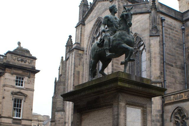 Historic statues are the stars of the Tall Tales tour