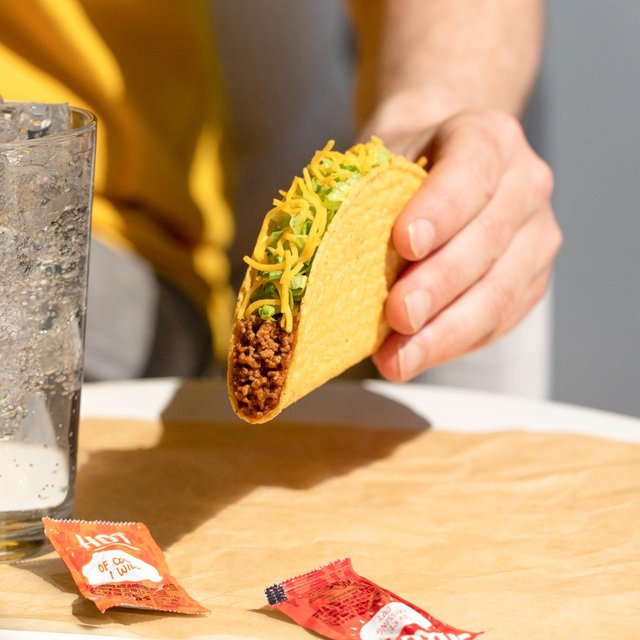 Taco Bell: Everyone in Edinburgh offered a free taco