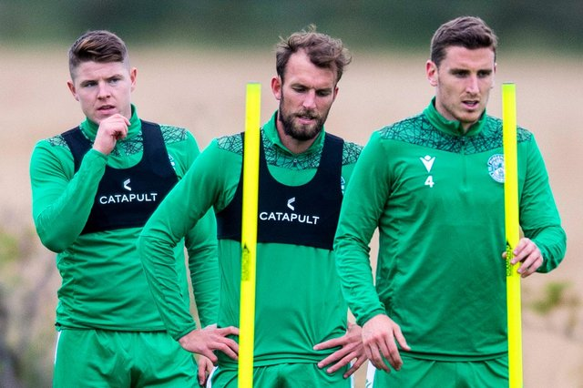 Hibs' Kevin Nisbet, Christian Doidge and Paul Hanlon during training. Photo by Mark Scates / SNS Group