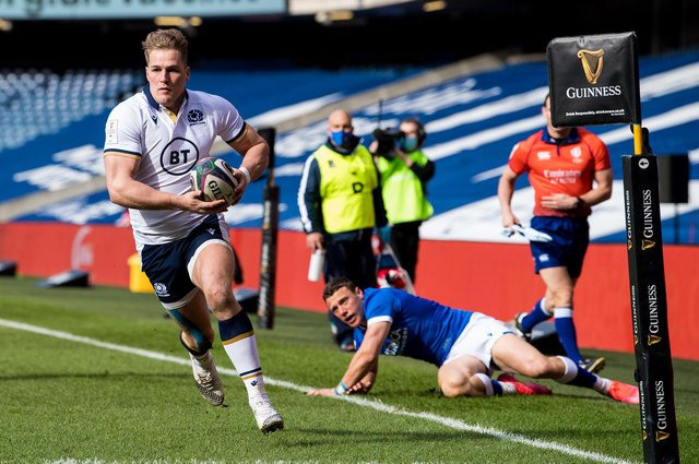 Duhan van den Merwe scores the first of his two tries in the record-breaking win over Italy. Picture: Ross Parker/SNS