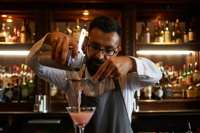 The Cocktail Bar at Dalmahoy is the place for a perfect serve.