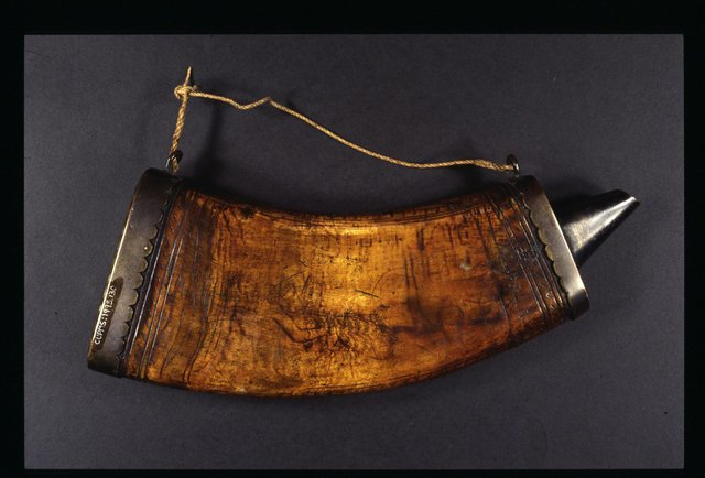 A powder horn, believed to have belonged to Fife-born seaman Alexander Selkirk, which is to go on display in Dunfermline.