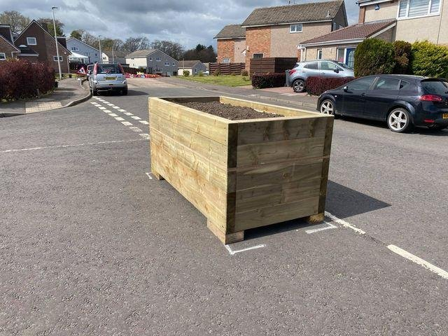 The planter on the junction of Baberton Mains Drive/Wynd. Picture: JPIMedia
