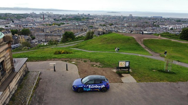 Hiyacar has launched their car sharing platform with 20 car club vehicles and private car owners in Edinburgh.