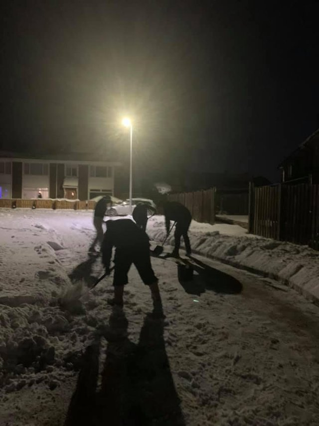 The five men at work last night to clear the street for Lyle (Photo: Lyndsey Cormet).