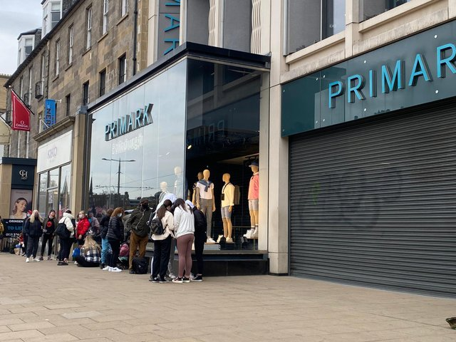 Watch dozens of shoppers queue along Princes Street as Primark reopens