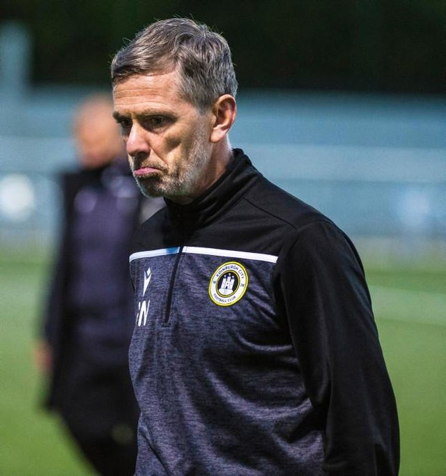 Edinburgh manager Gary Naysmith was not impressed by the second half of the  League One play-off  final first leg against Dumbarton  at Ainslie Park. (Photo by Euan Cherry / SNS Group)