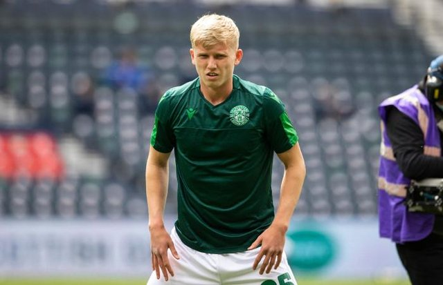 Hibs Josh Doig pre-match during the Scottish Cup final match between Hibernian and St Johnstone at Hampden Park, on May 22, 2021, in Glasgow, Scotland. (Photo by Alan Harvey / SNS Group)