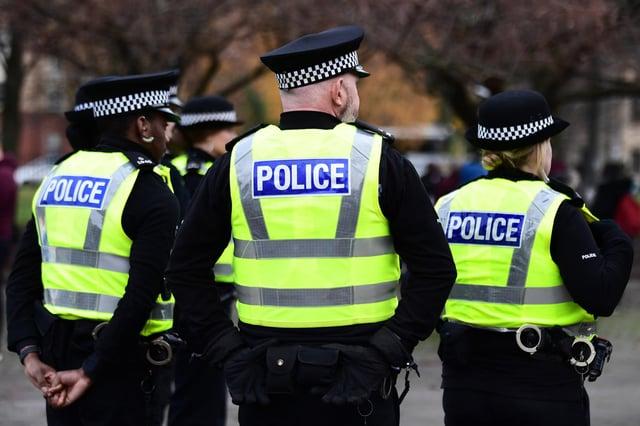 Edinburgh woman robbed while walking on cycle path