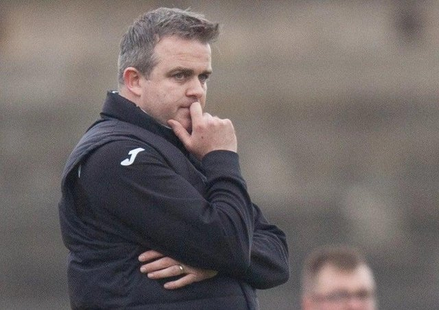Gary Jardine will take up a temporary role with the Hibs Academy until the resumption of the Lowland League