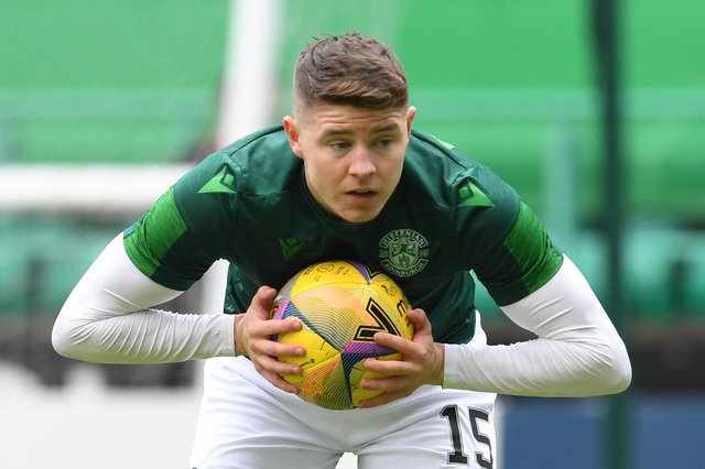 Nisbet hit 18 goals and 8 assists in 44 games for Hibs