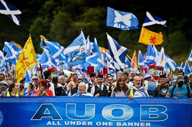Watch: Pro-independence supporters march through Edinburgh   Edinburgh News