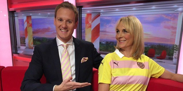 Back in 2016 Louise wore her 'Battenberg' dress which her co-presenter, Dan Walker pointed out looked a lot like the Hearts Away Strip at the time. The club then sent the duo a couple of pieces which they were delighted with.